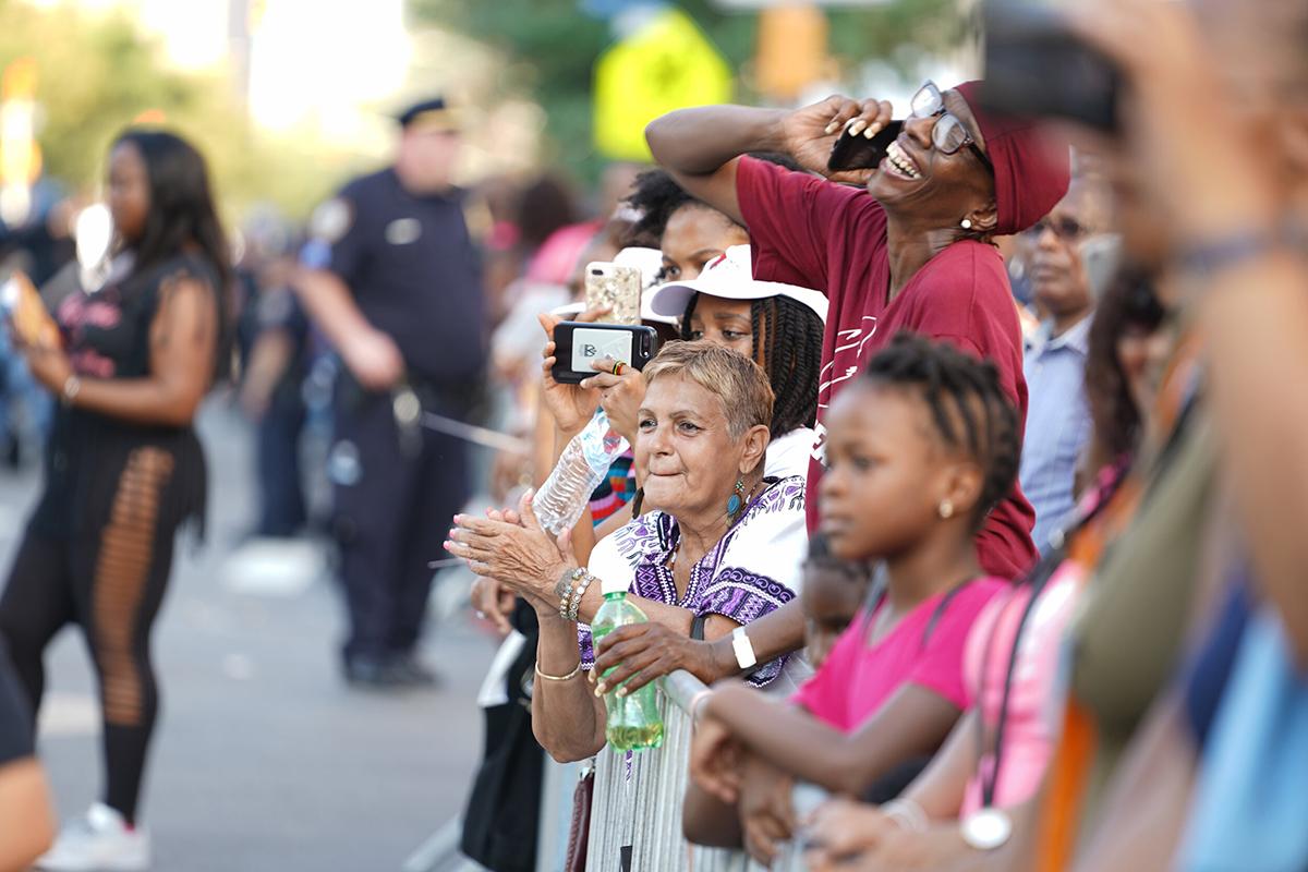 Harlem-Parade-Goers-1